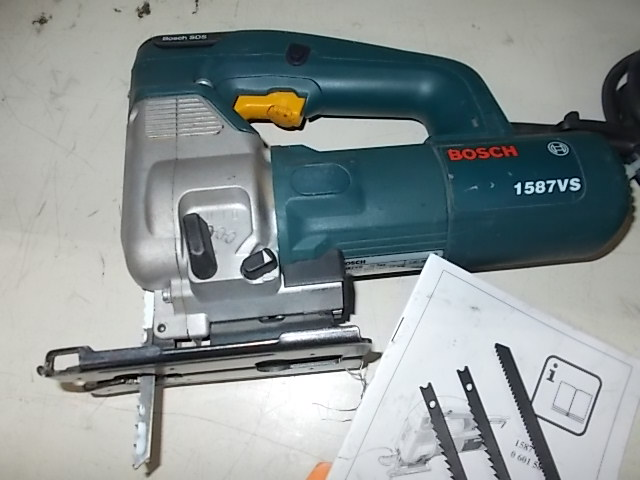 $59 BOSCH 1587VS jig saw (3197)