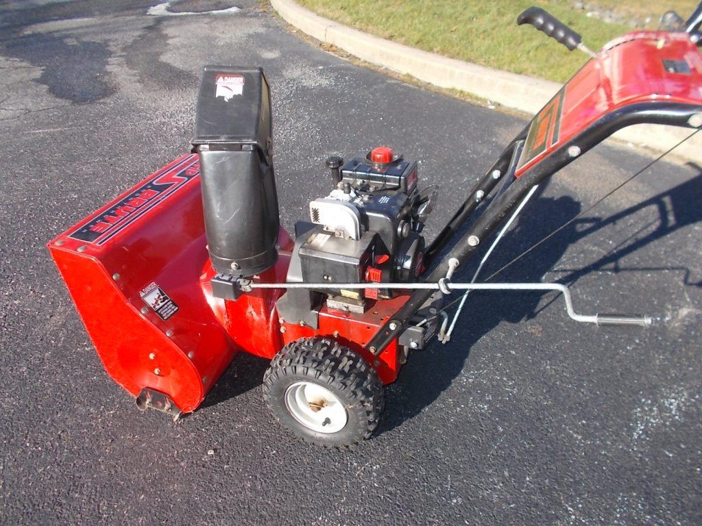 """$359 24"""" 5 hp TECUMSAH snow thrower"""