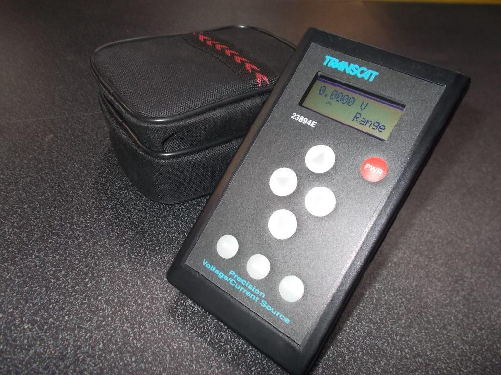 $499 TRANSCAT 23894E voltage/current calibrator (3739)