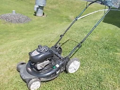 $129 CRAFTSMAN lawn mower (4727)