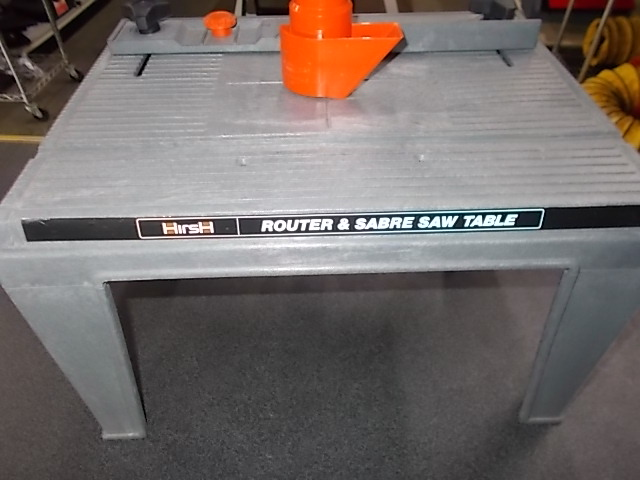 $20 HIRSH router table (5247)