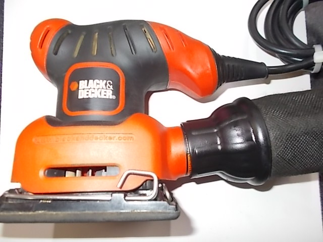$24 BLACK & DECKER FS540 finishing sander (5298)