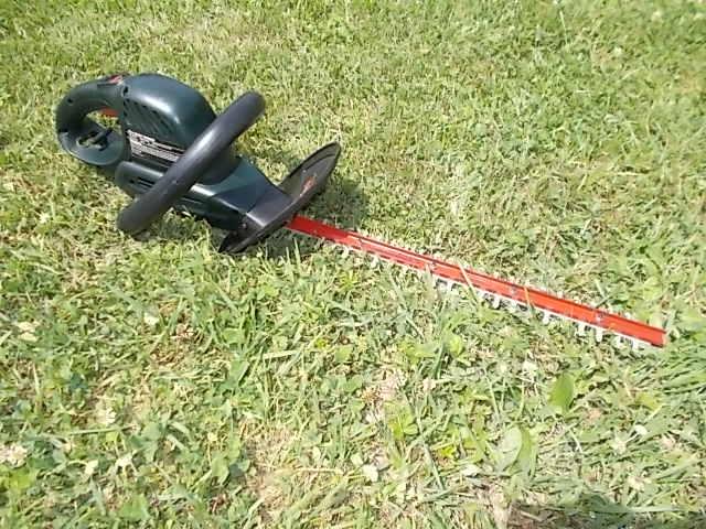 $25 CRAFTSMAN 20-inch hedge trimmer (5406)
