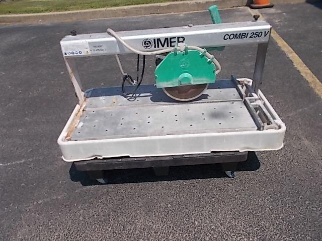$500 IMER Combi250V tile saw w/stand (5811)